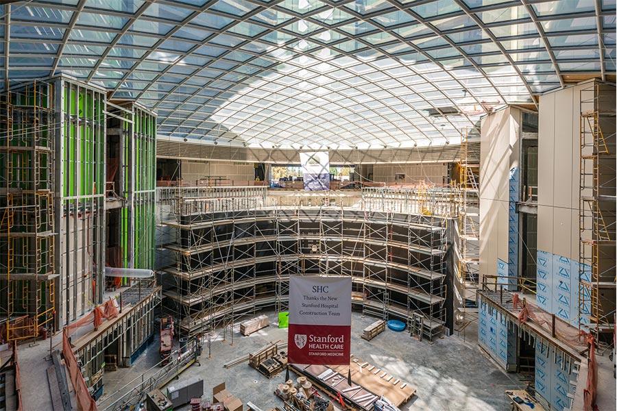 New-Standord-Hospital-Atrium